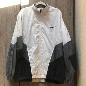 Nike vintage men's windbreaker